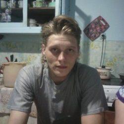 Молодой парень ищет девушку в Тольятти