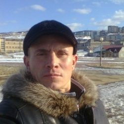 Я русский парень из Тольятти. Ищу девушку, подругу для встреч.